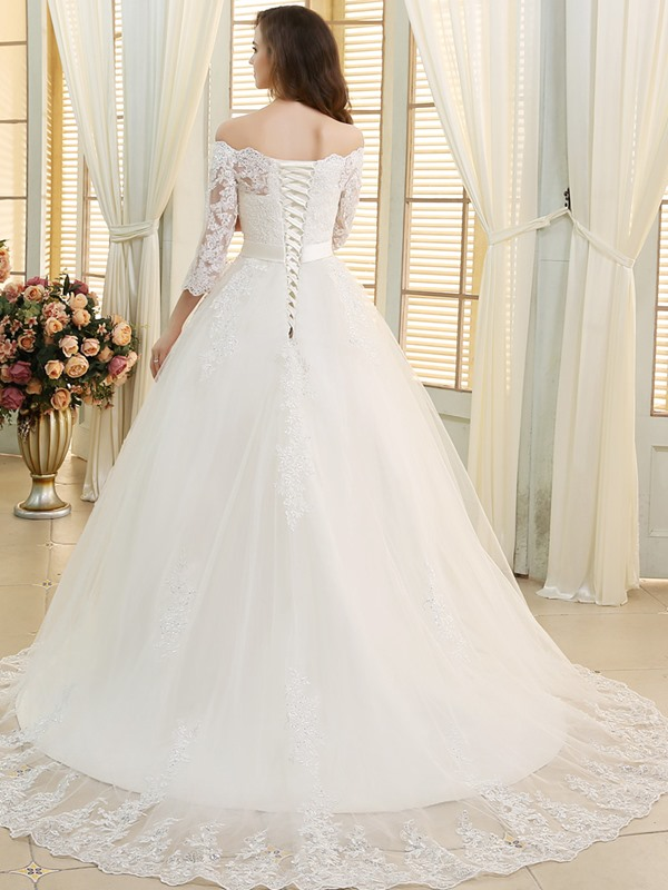 A-Line Beading Lace Wedding Dress with Sleeves