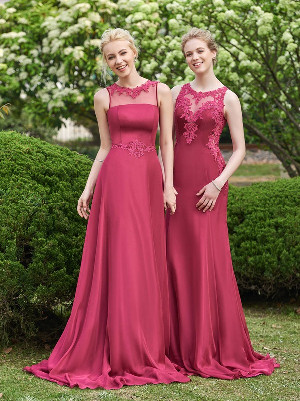 Superior Straps Sheath Appliques Long Bridesmaid Dress