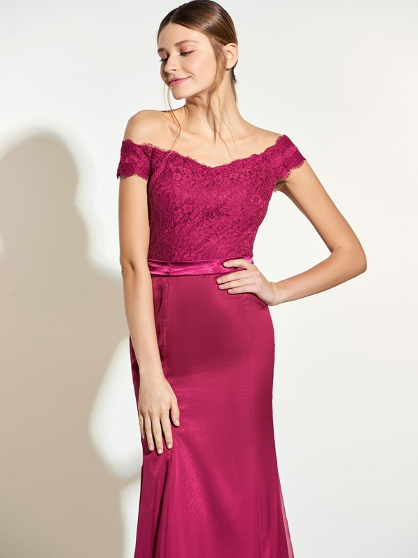 Elegant Off The Shoulder Lace Mermaid Bridesmaid Dress