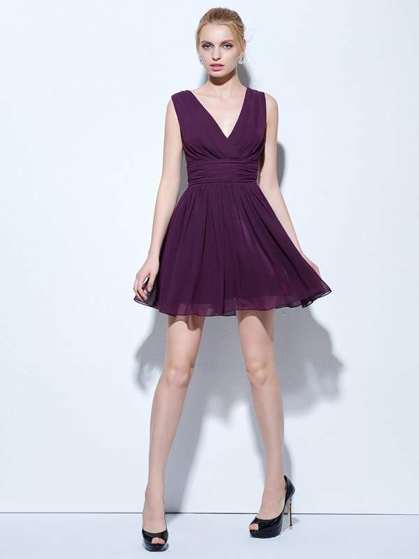 Simple V-Neck A-Line Ruched Short Cocktail Dress
