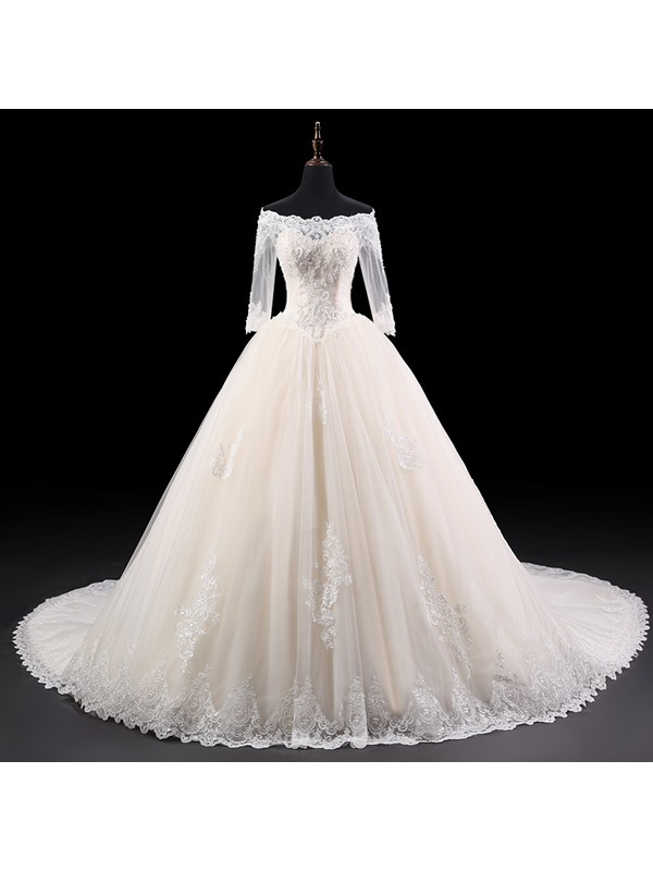 Elegant Off-the-Shoulder Beaded Appliques Half Sleeves Ball Gown Wedding Dress