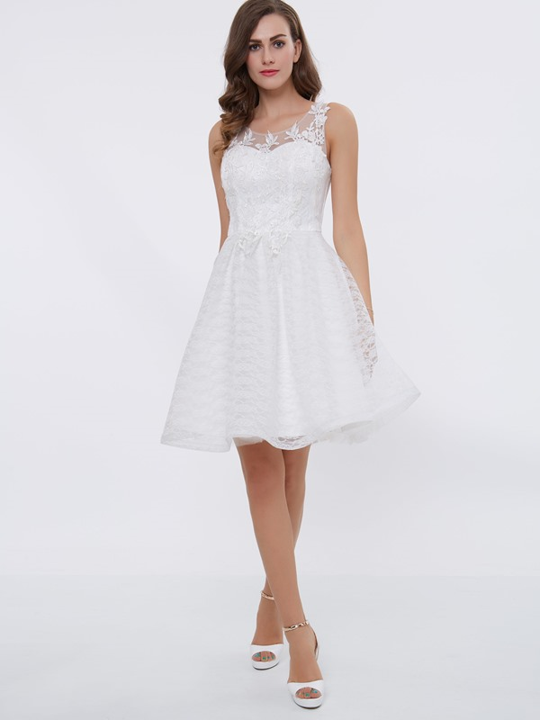 Scoop Neck Appliques Short Homecoming Dress