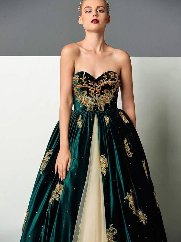 Velvet Sweetheart Ball Gown Appliques Beading Embroidery Floor-Length Evening Dress