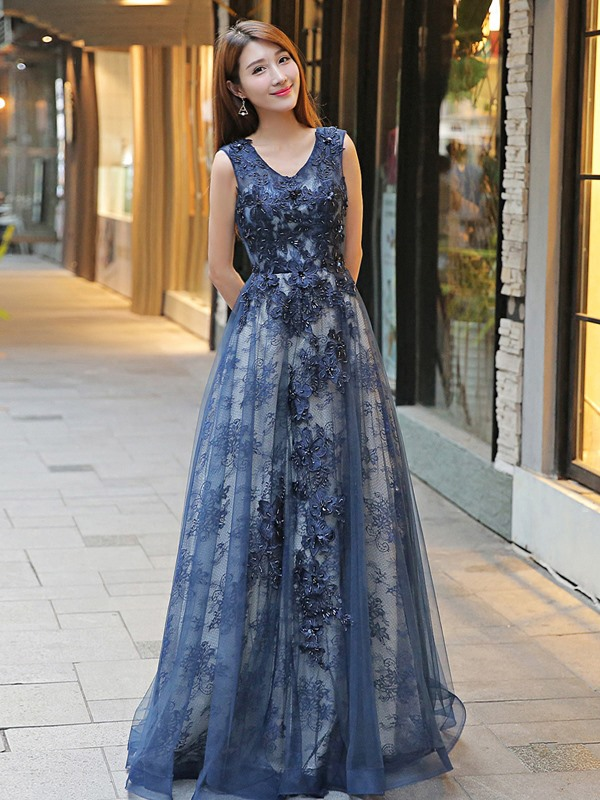 Nice A-Line V-Neck Sleeveless Lace Floor-Length Evening Dress