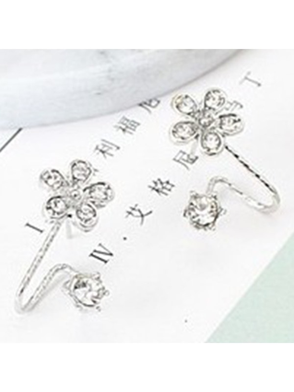 Lovely Rhinestone Flower Ear Clips