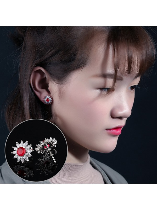 Exquisite Micro Inlaid Zircon Stud Earrings