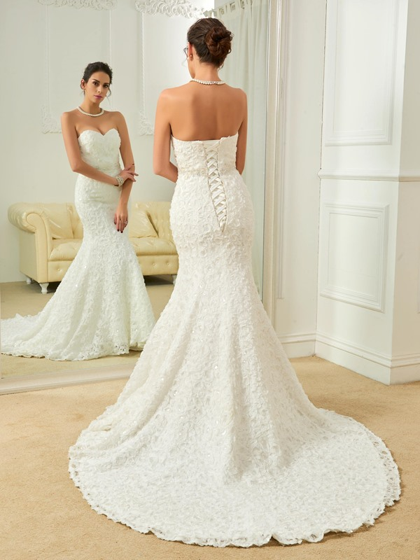 Classic Sweetheart Beaded Mermaid Lace Wedding Dress