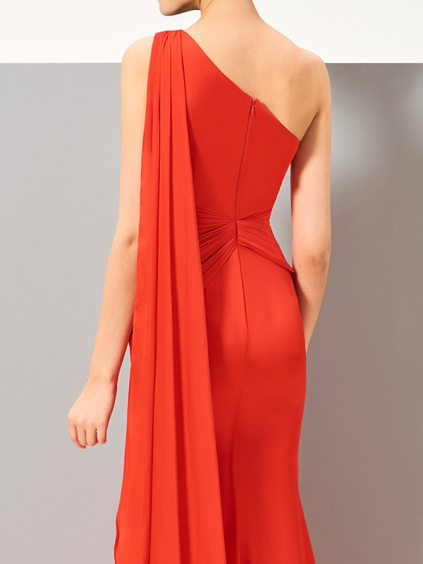 Simple One-Shoulder Ruched Split-Front Sweep Train Evening Dress