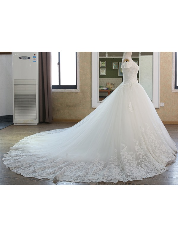 Appliques Beading Off the Shoulder Lace-Up Ball Gown Wedding Dress