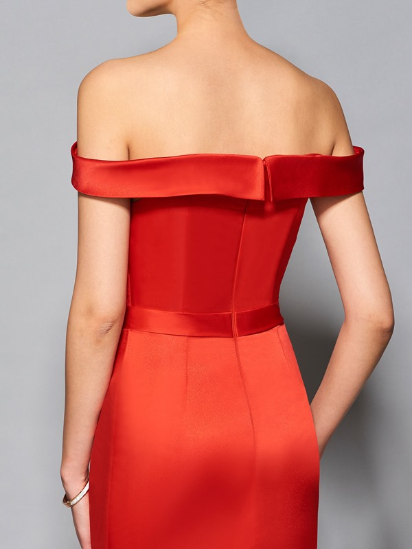 Stylish Off-the-Shoulder Sheath Sashes Knee-Length Cocktail Dress
