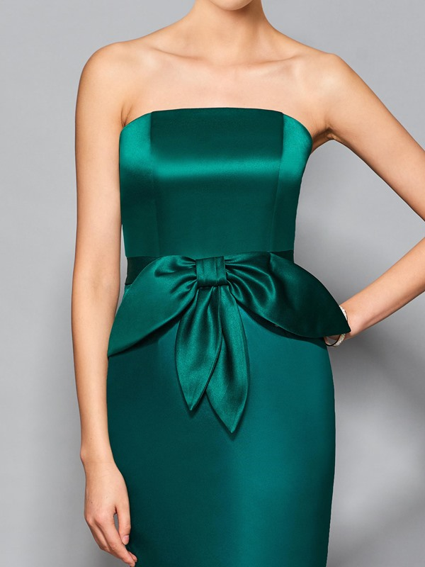 Simple Strapless Sheath Ruffles Knee-Length Cocktail Dress