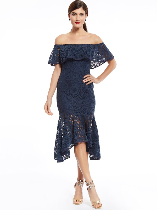 Off-The-Shoulder Lace Mermaid Cocktail Dress