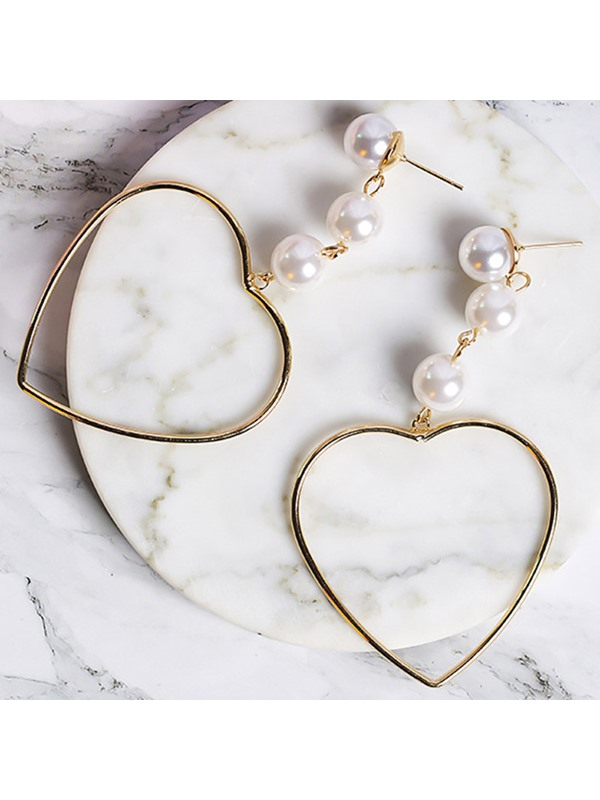 Heart-Shaped Hollow-Out Design Beading Earrings