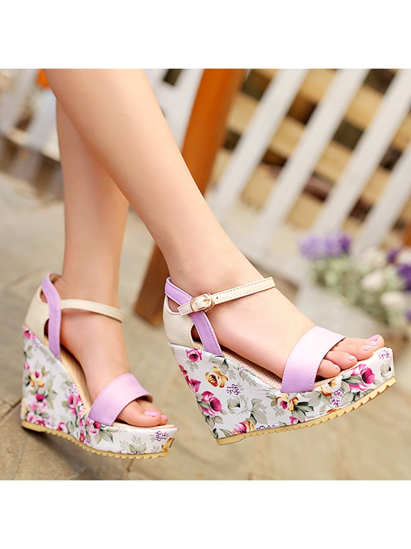 PU Floral Line-Style Buckle Hollow Women's Wedge Sandals
