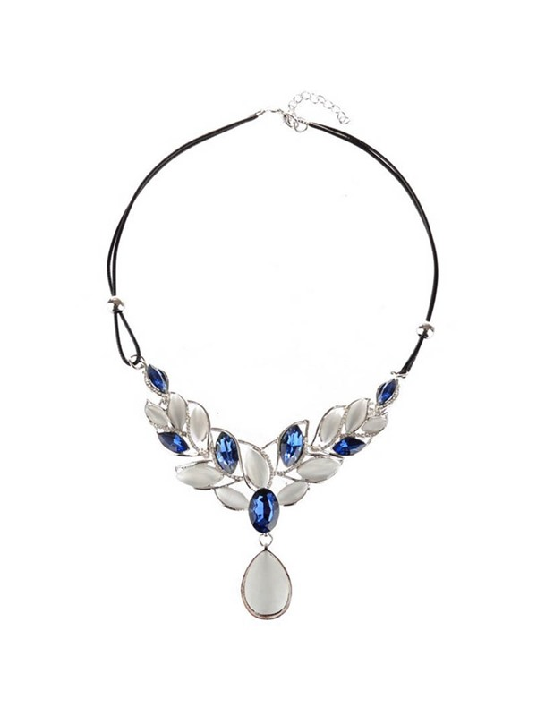 Double Layers Rope Opal Leaf Design Necklace