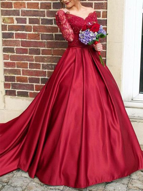 Attractive Appliques A-Line Lace Off-the-Shoulder Court Train Long Sleeves Evening Dress