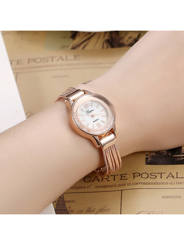 Vogue Alloy Round Dial Women's Rose Gold Watch