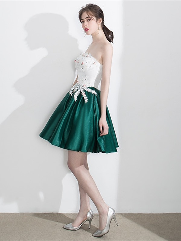 Vintage Strapless Appliques Beading A-Line Pearls Short Homecoming Dress