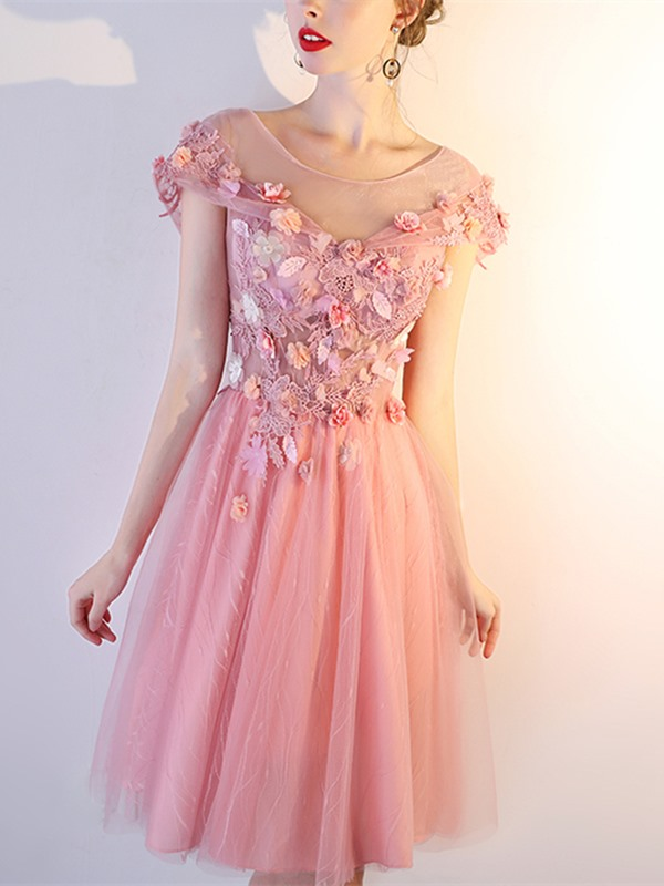 Charming A-Line Appliques Cap Sleeves Scoop Mini Homecoming Dress