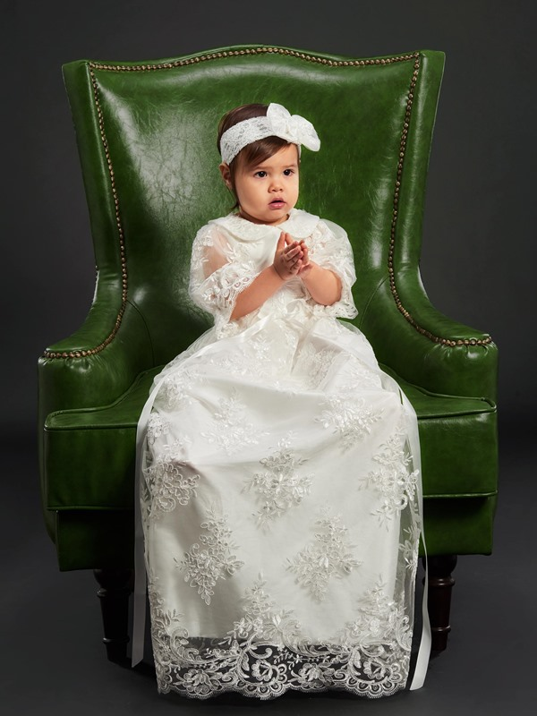 Turn-down Collar Sashes Lace Girls Christening Gown