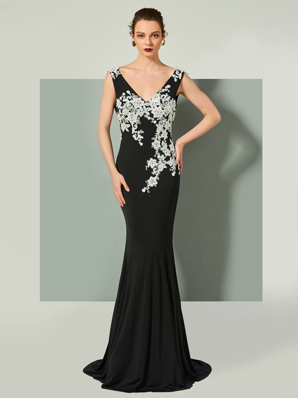 Elegant Trumpet V-Neck Appliques Backless Sleeveless Brush Train Evening Dress