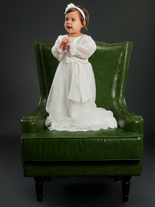 Long Sleeves Appliques Christening Gown for Infant Baby Girls