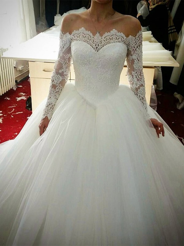 Off the Shoulder Lace Ball Gown Wedding Dress with Long Sleeve