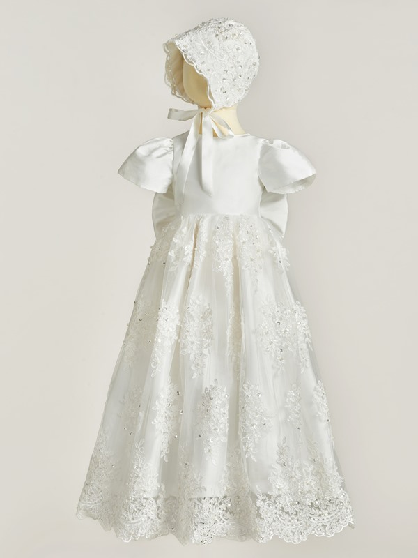 Round Neck Short Sleeves Appliques Christening Gown