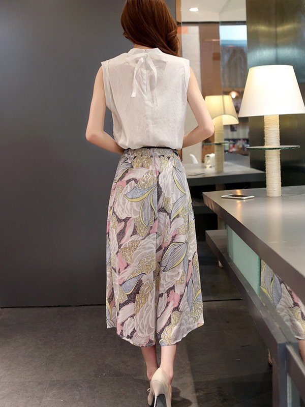 Sleeveless Tops and Print Skirt Women's Suit