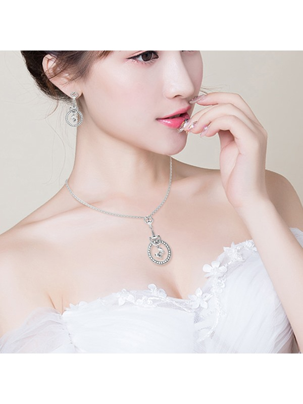 Annular Butterfly Shape E-plating Pendant Jewelry Sets