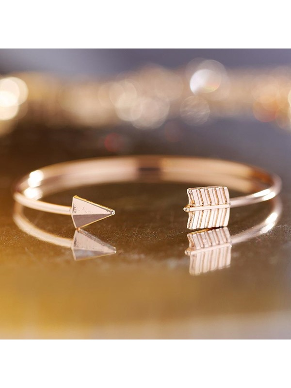European Style Knot Indicator Decorated Two-Piece Bangle Sets