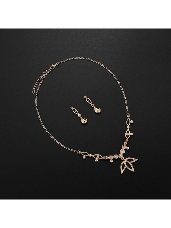 Ethnic Style Maple Leaf Shape Alloy Earrings Necklace Jewelry Sets