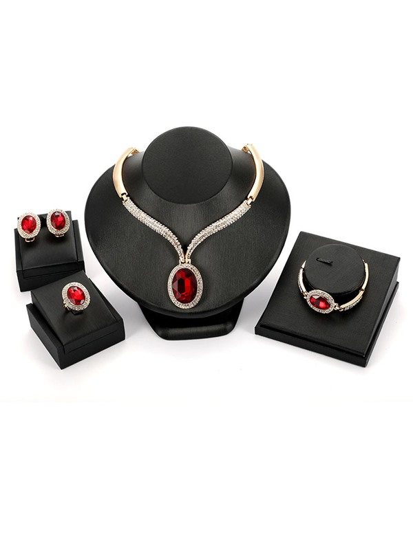 New Style Ruby with Annular Rhinestone Decorated Jewelry Sets
