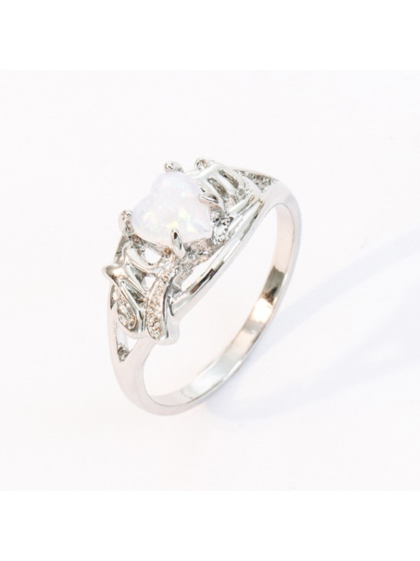 Heart-Shaped Gemstone E-Plating Alloy Ring