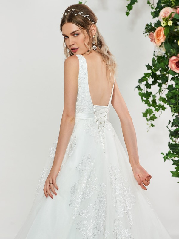 Ball Gown Appliques Square Neck Wedding Dress 2019