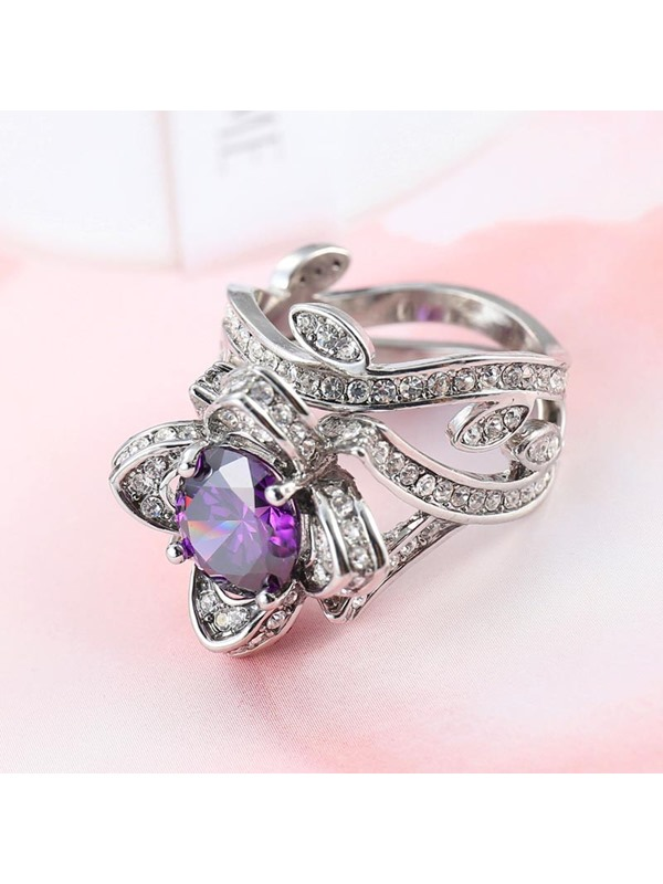 Hollow Out Rose Shape Zircon Decorated Alloy Ring