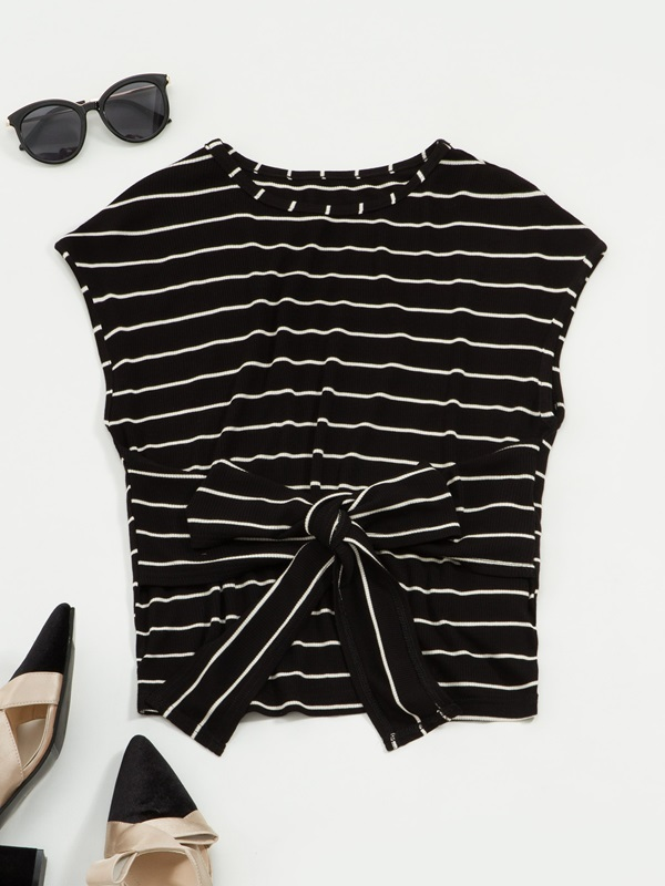 Striped Round Neck Sleeveless Women's Knitted Tank Top