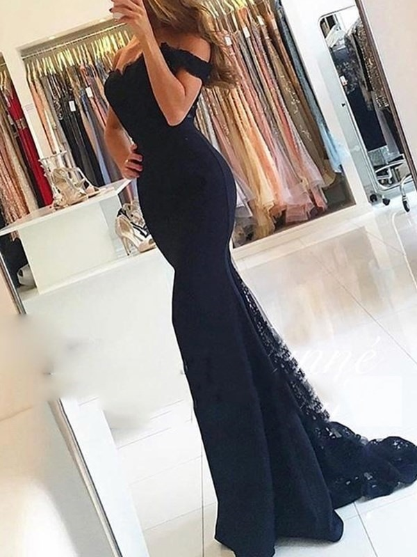 Off-The-Shoulder Court Short Sleeves Lace Evening Dress 2019
