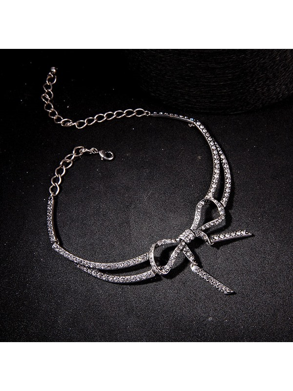 Sweet Bowknot Decorated Chain Alloy Necklace