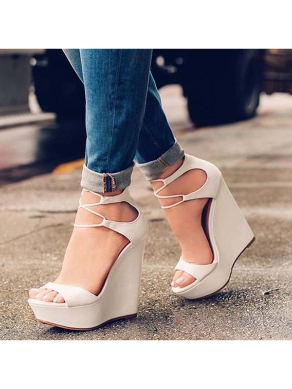 Buckle Heel Covering Open Toe Wedge Sandals