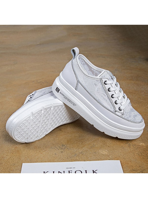 Low-Cut Upper Lace-Up Round Toe Platform Sneakers