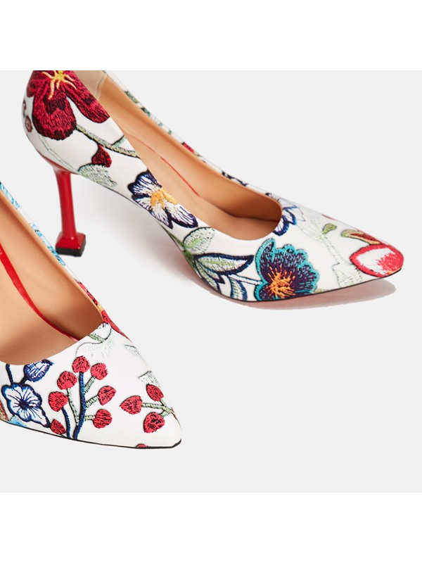 Pointed Toe Slip-On Floral Women's Pumps