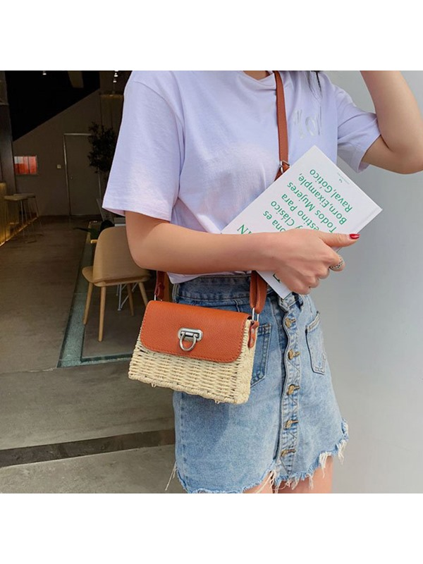 Grass Lock Flap Crossbody Bag