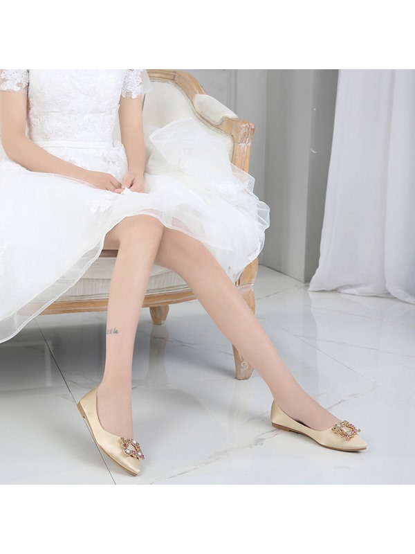 Low Heel Cloth Flat With Pointed Toe Wedding Shoes