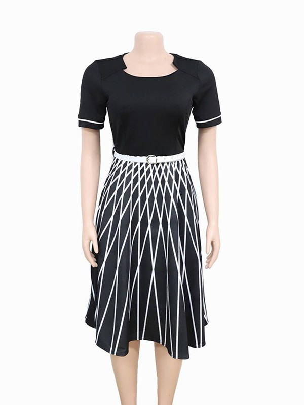 Plus Size Print Short Sleeve Knee-Length Stripe Women's Dress