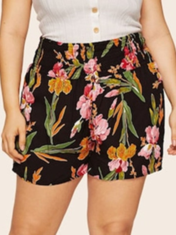 Plus Size Straight Floral Print High Waist Loose Women's Shorts