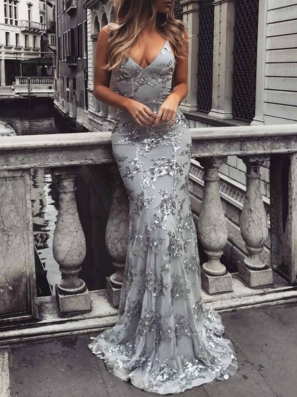 Sexy Spaghetti Straps Sequins Appliques Evening Dress 2019