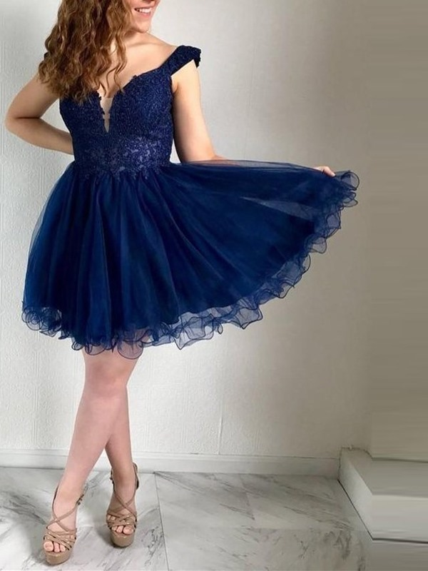 Beading Off-The-Shoulder Short A-Line Homecoming Dress 2019
