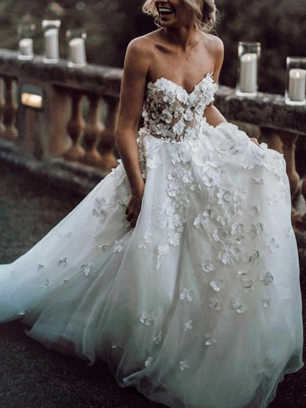 Floor-Length Sweetheart A-Line Ruched Hall Wedding Dress 2019
