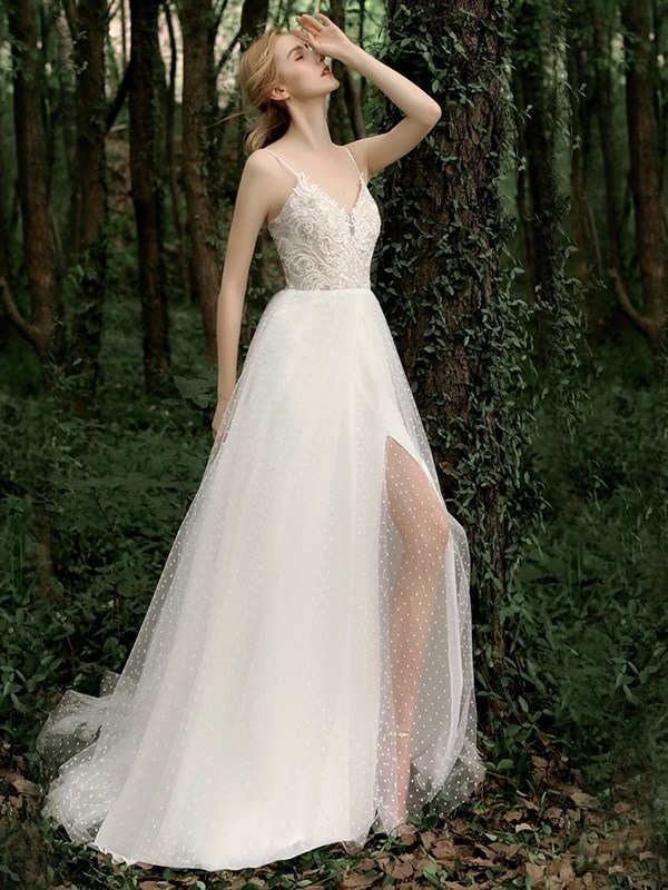 Floor-Length Sleeveless Sweep A-Line Garden Wedding Dress 2019